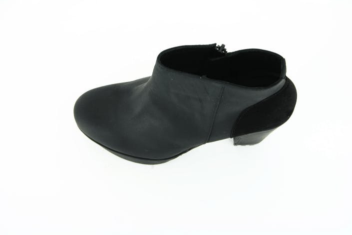 1122730 Leather/Suede/Black