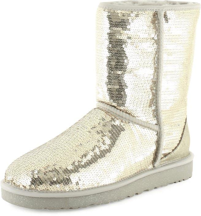 05f502a9 Kjøp UGG Classic Short Sparkles Silver beige Sko Online | FOOTWAY.no