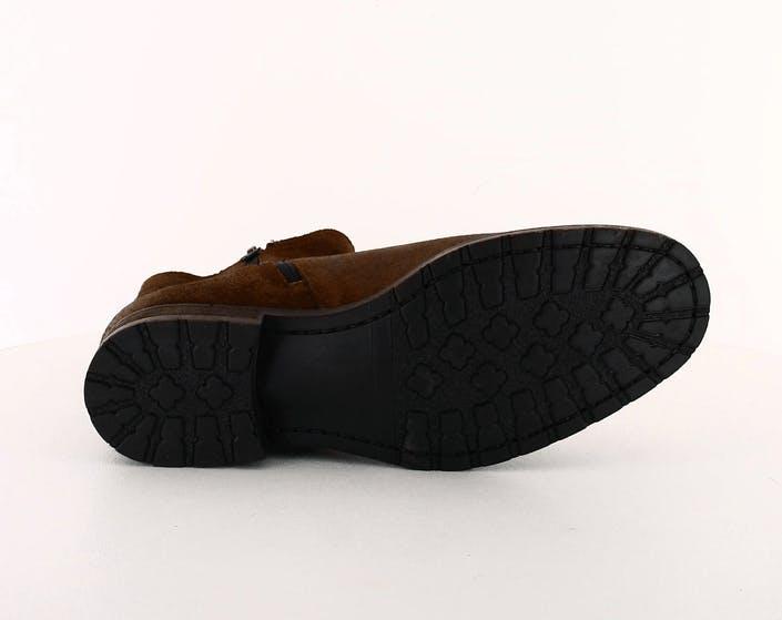 Flat Heel Shoe Waxy Suede