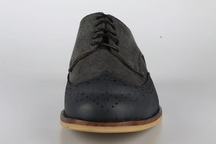 Mentor Shoe