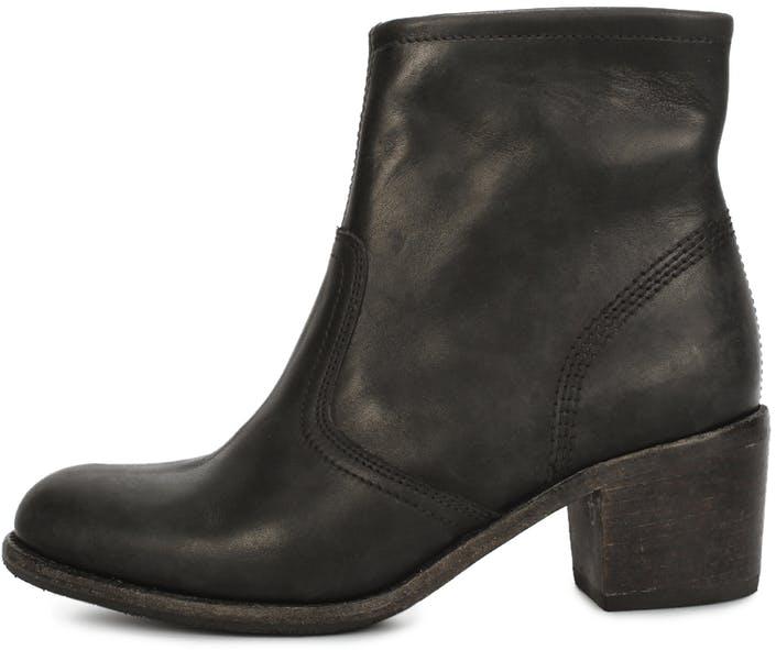 Mae zip boot