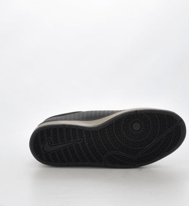 Nike Rabona BlackMetallic Gold finns på .
