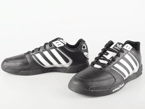newest e6e97 9442e adidas Originals - Goodyear Driver RL