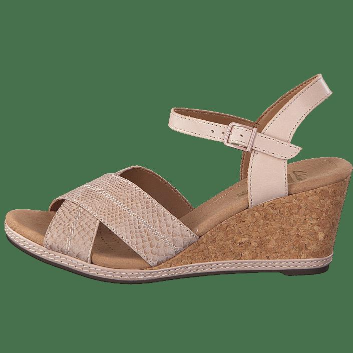d94c618179ea Buy Clarks Helio Latitude Nude Leather brown Shoes Online