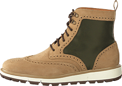 Motion Wing Tip Boot Gaucho