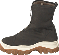 Nude of Scandinavia, Sko Danmarks største udvalg af sko