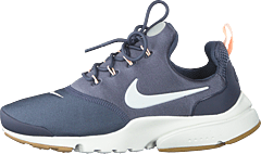 low priced 2e149 53b88 Nike - Wmns Presto Fly Shoe Light Carbon summit White