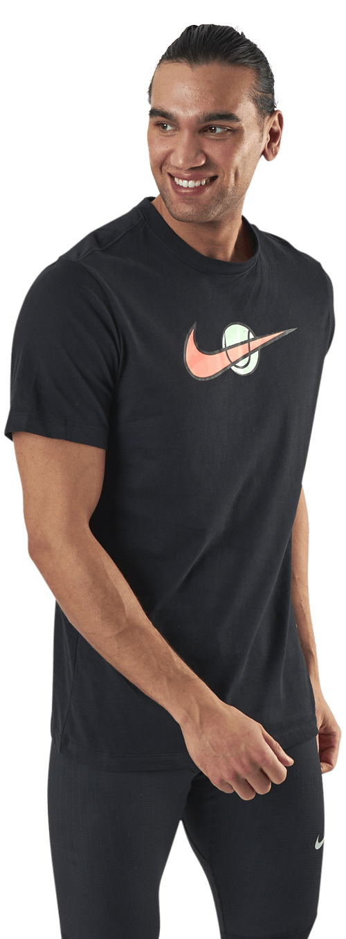 Court Swoosh Tee Black