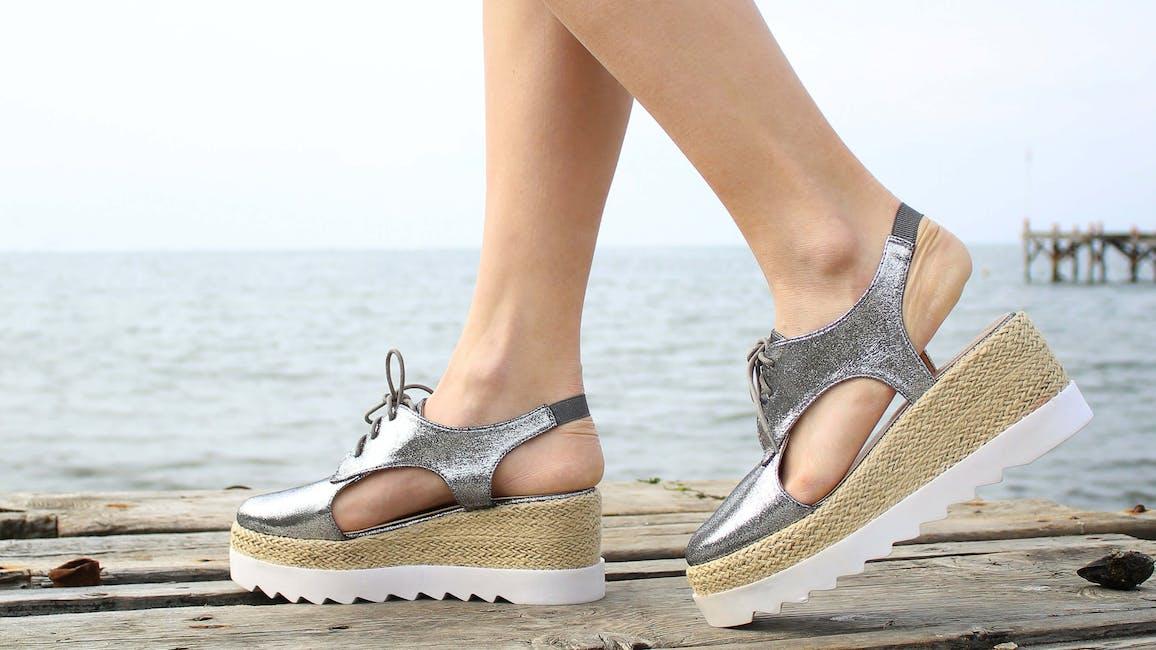 lågklackade sandaler