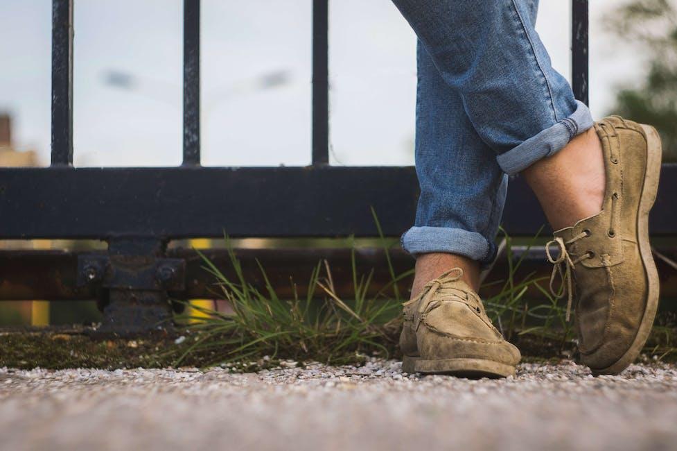 merimiehen kengät
