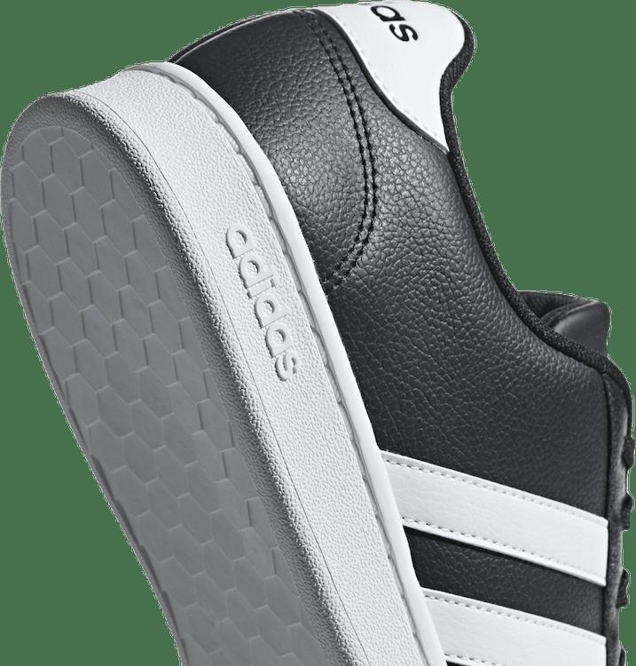 Grand Court White/Black