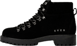 Chris Boots Black