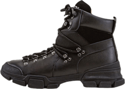Tracking Boot Black