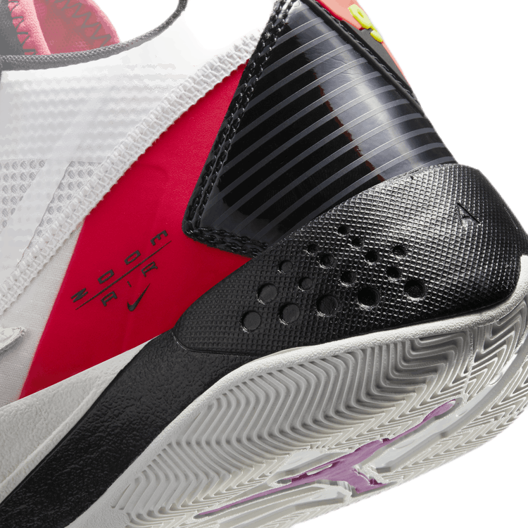 Zoom '92 (Gs) Sail/Black-Flash Crimson-Electric Green