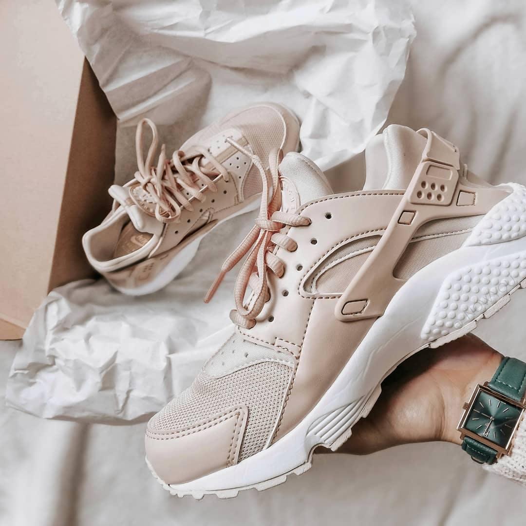 Nike Sportswear Shoes Air Huarache Run Particle Beige