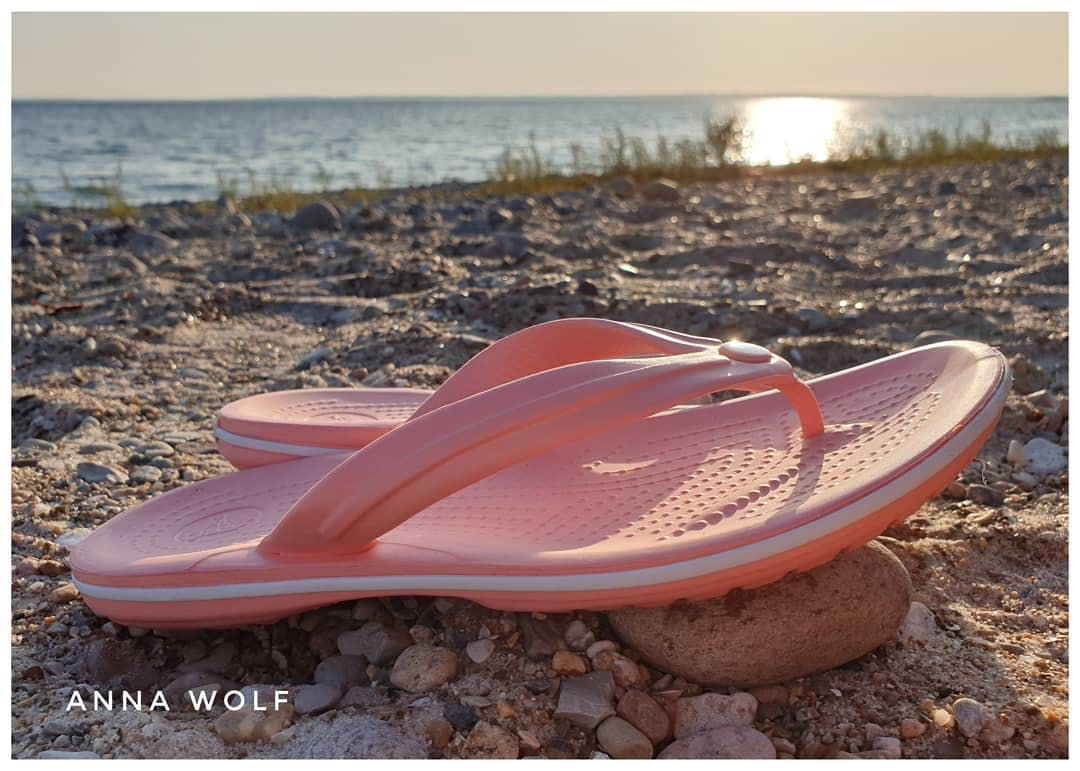Crocs Crocs Bronze Oyster Women'S Swiftwater™ Sandal Shoes from Crocs Official Site | more