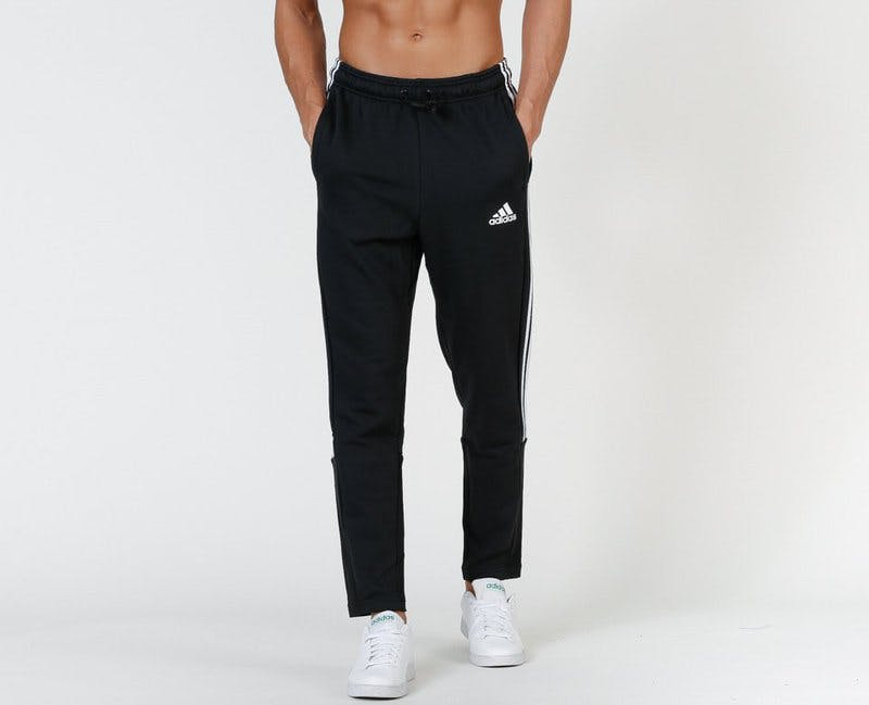 sweatpants Adidas trio.jpg