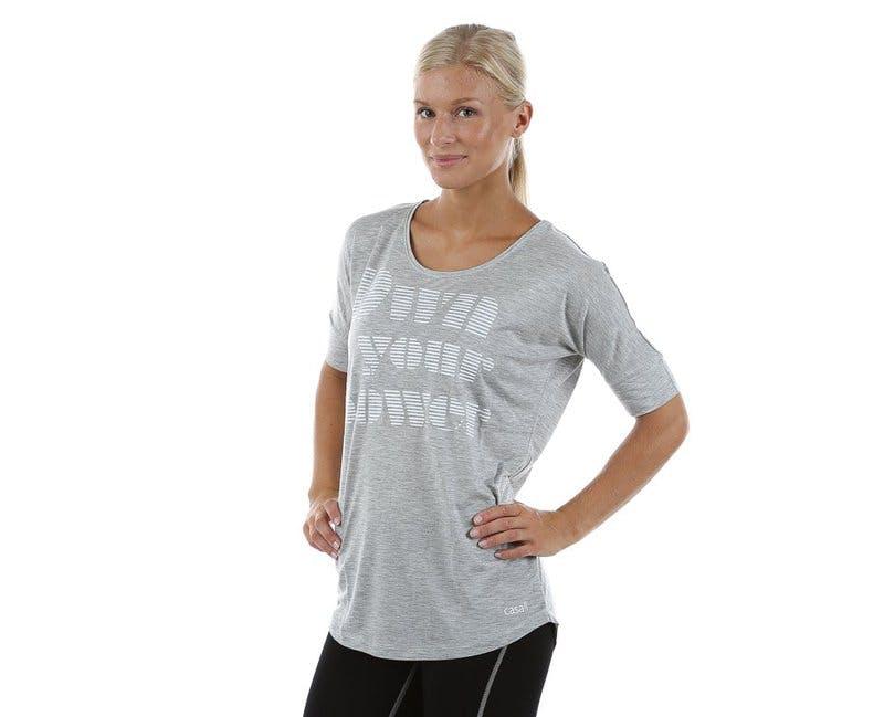 grå träningskläder