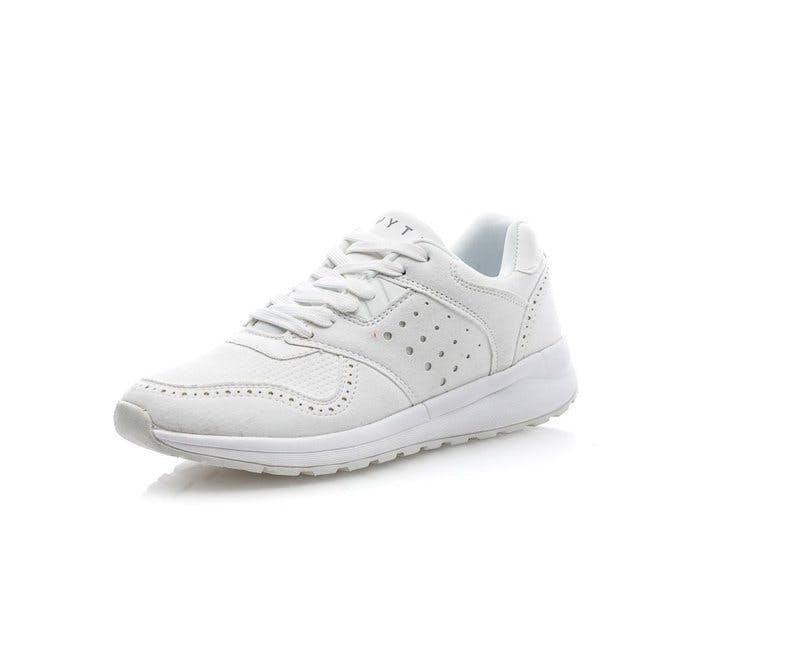 Wyte_sneakers_2019