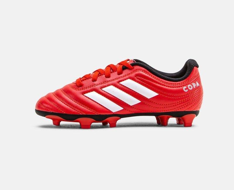 Fotbollsskor Adidas.jpg