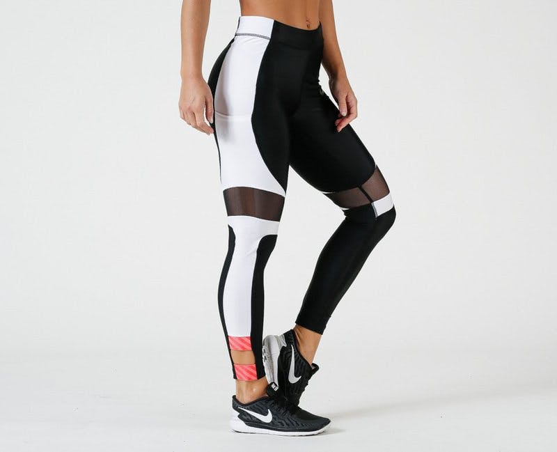 Nike_Speed_Tight_7_8-Svart-Vit-Röd.jpg