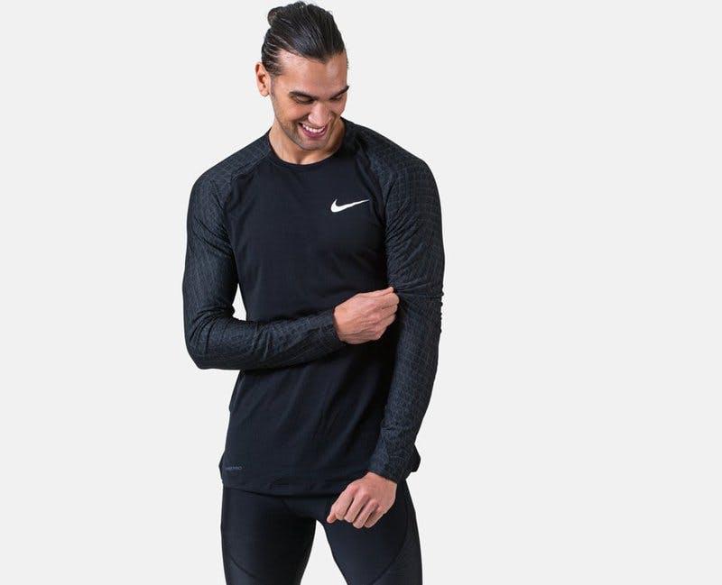 Träningströja Nike.jpg