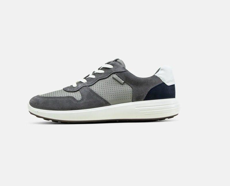ecco_sneakers.jpg