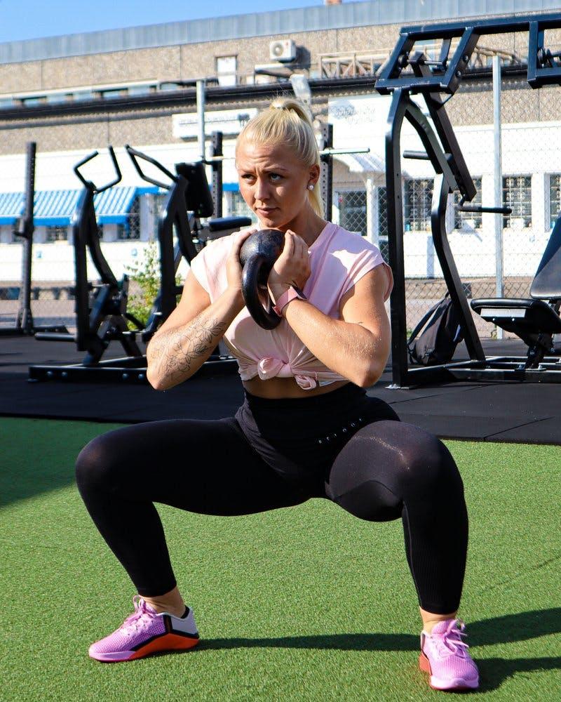 sumbo goblet squats