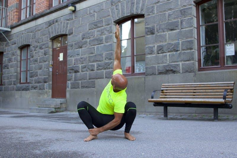 squat rotation