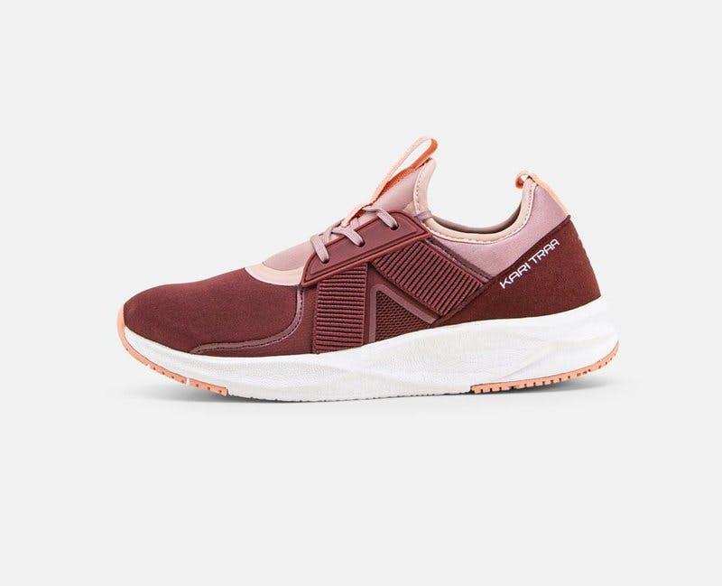 traningsklader-rea-kari-traa-sneakers.jpg
